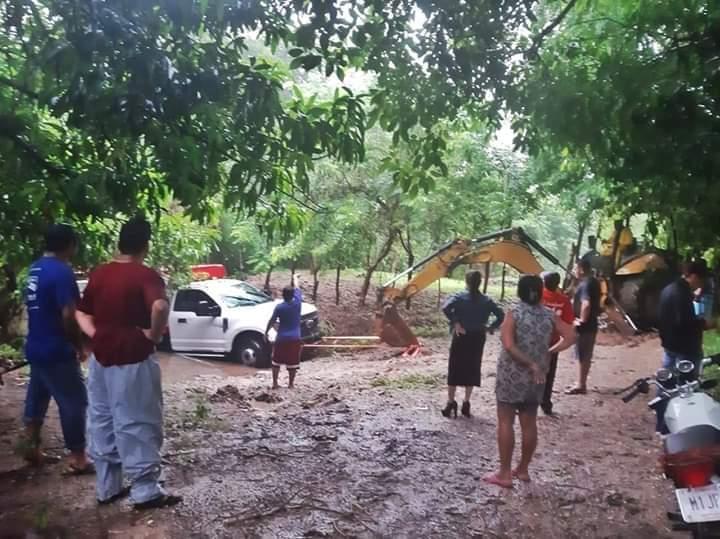 Recorre alcaldesa Maki Ortiz zonas afectadas por tormenta
